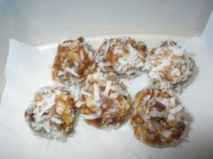 boules-aux-dattes-recipeugc-153959-principal